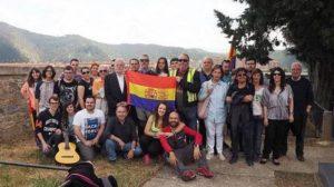 Juventudes Socialistas de Navarra (JSN) rinde homenaje este sábado en Aoiz a los fusilados y represaliados durante la Guerra Civil. (TWITTER/@martinzabalza1)