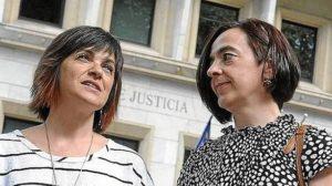 Hermanas de Mikel Zabalza. (J.M. Martínez)