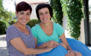 Alicia Bakaikoa y María Martín, educadoras de la escuela infantil Izartegi de Pamplona