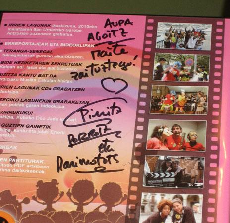 DVD bat Pirritx eta Porrotxek sinatuta