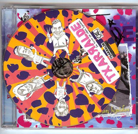 CD bat Txarralde punk taldeak sinatuta
